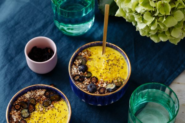 Tumeric and Blueberry Porridge